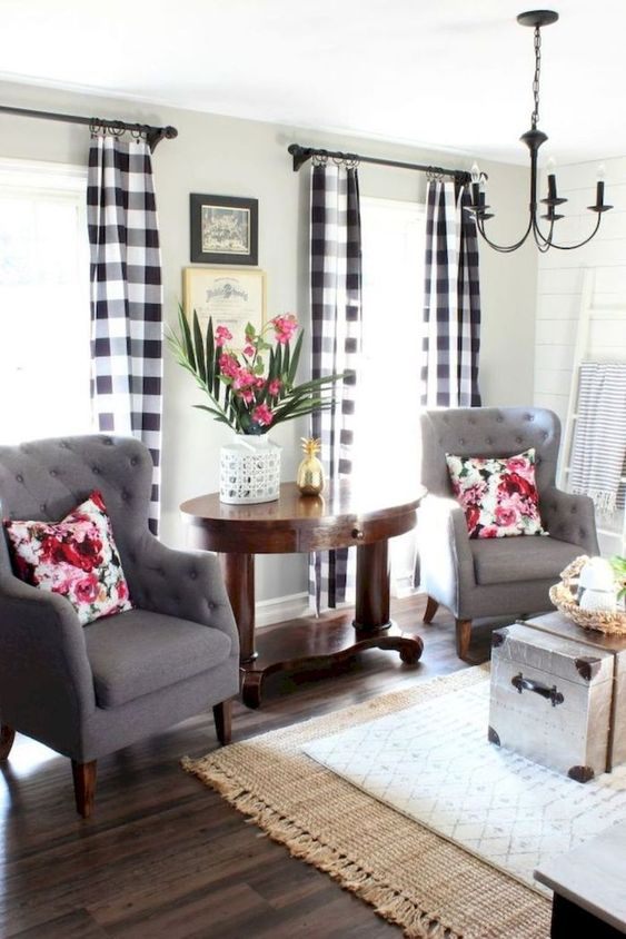farmhouse living room 7
