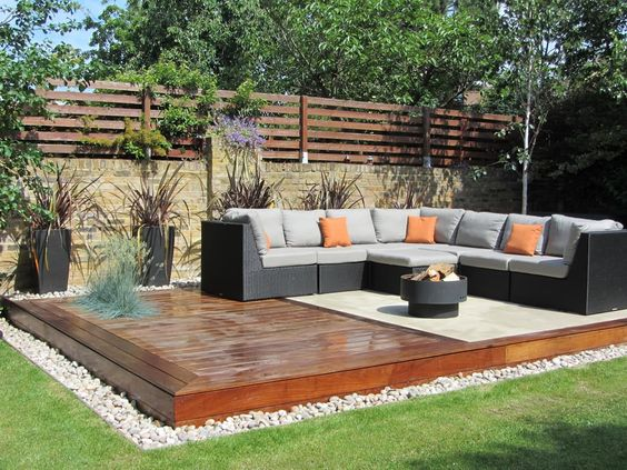 Backyard Seating Ideas 17