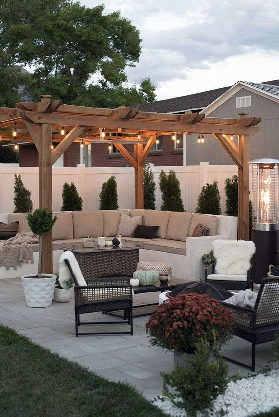 Backyard Seating Ideas 6