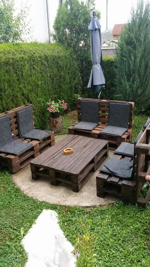 Backyard Seating Ideas 7