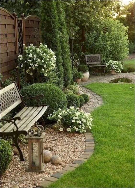 Fence Landscaping Ideas 10