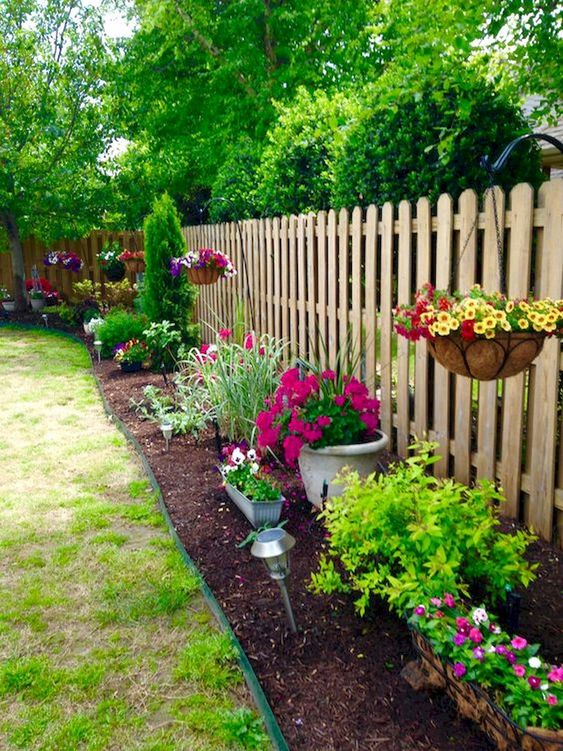 Fence Landscaping Ideas 12