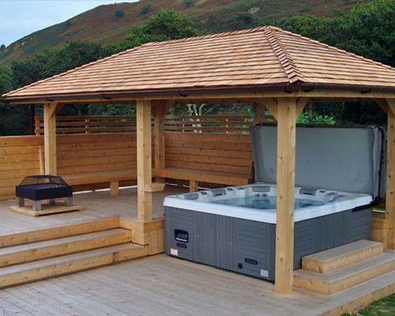 Hot Tub Enclosure Winter 16