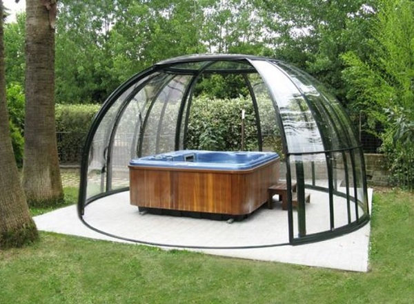 Hot Tub Enclosure Winter feature