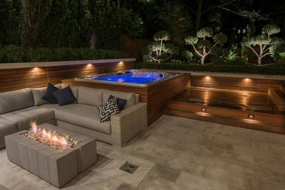 Hot Tub Patio: Spacious Stunning Design