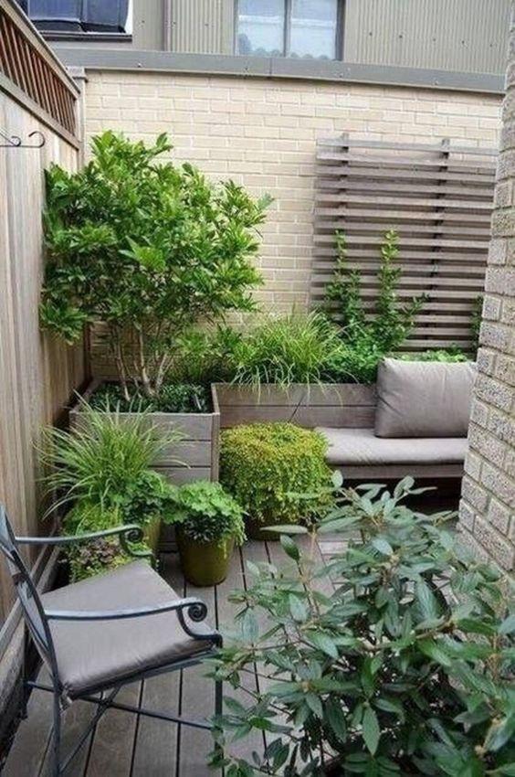 Modern Backyard Ideas 10