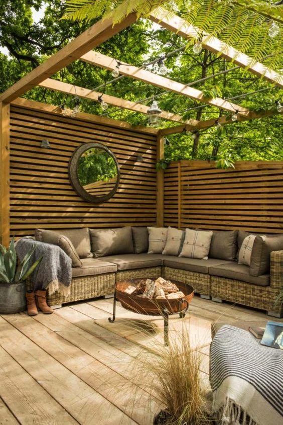 Modern Backyard Ideas 15