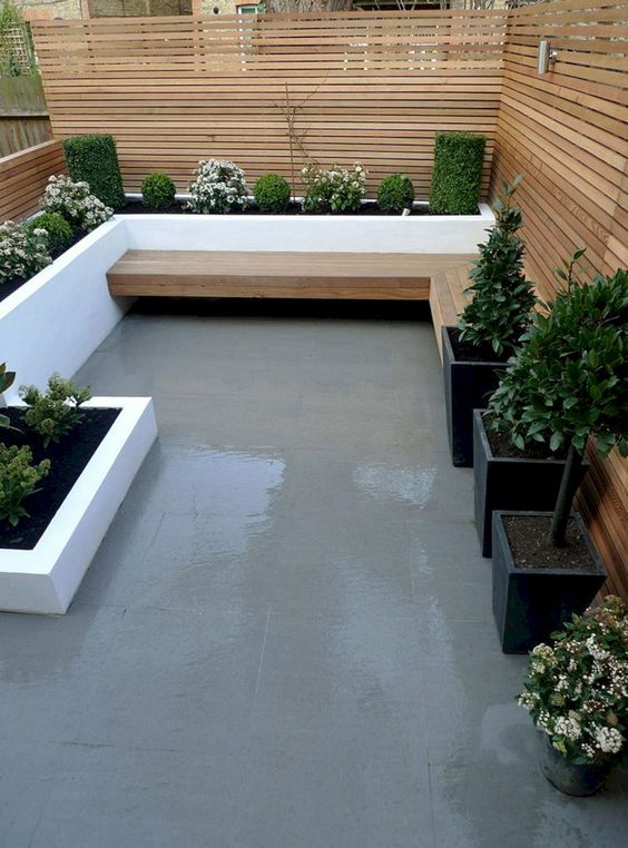 Modern Backyard Ideas: Cozy Narrow Design