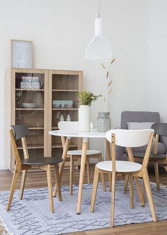 Modern Dining Room 15