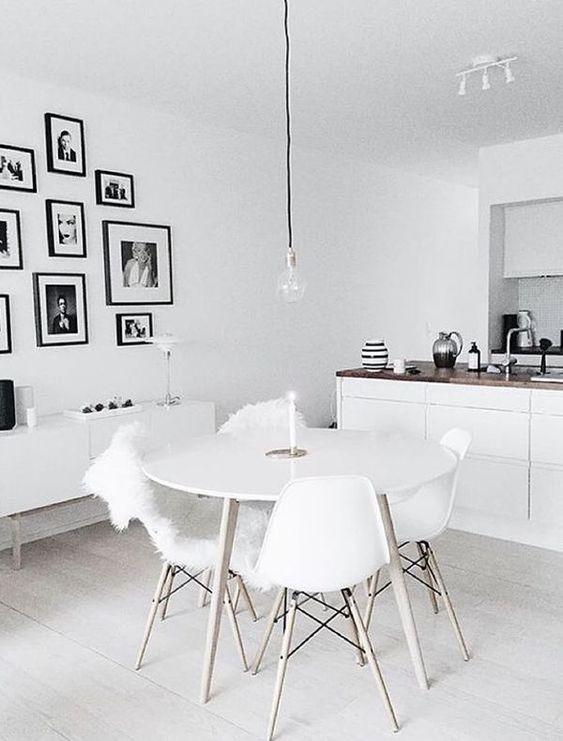 Modern Dining Room 16