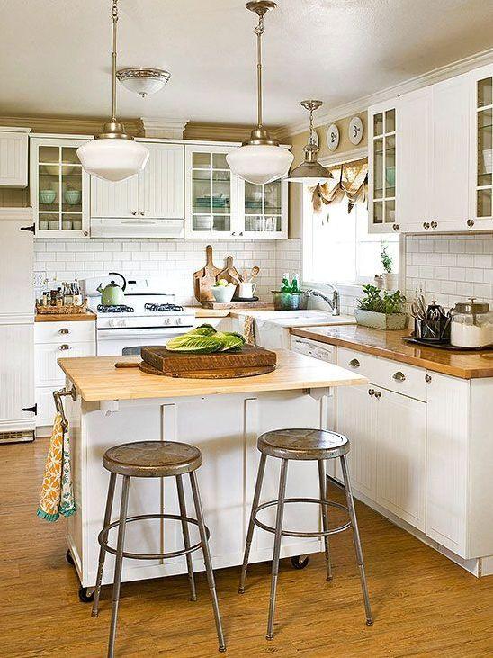 Small Kitchen Island: Simple Convenient Design