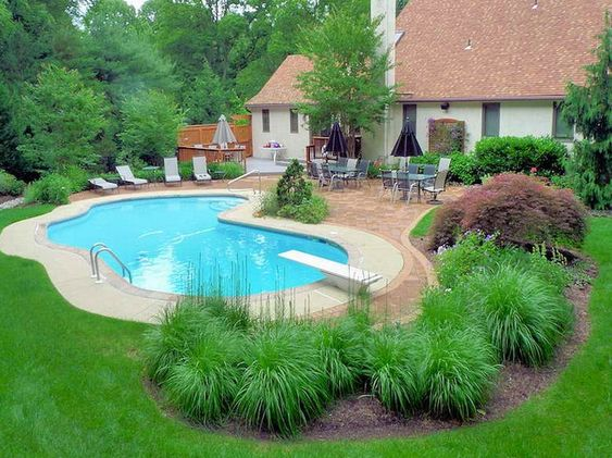 Swimming Pool Landscaping 20