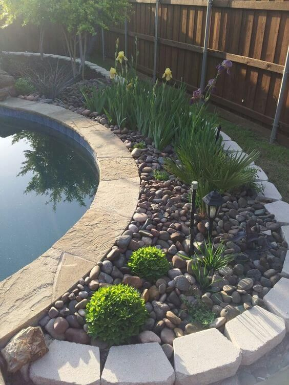 Swimming Pool Landscaping: Fresh Rocky Decor