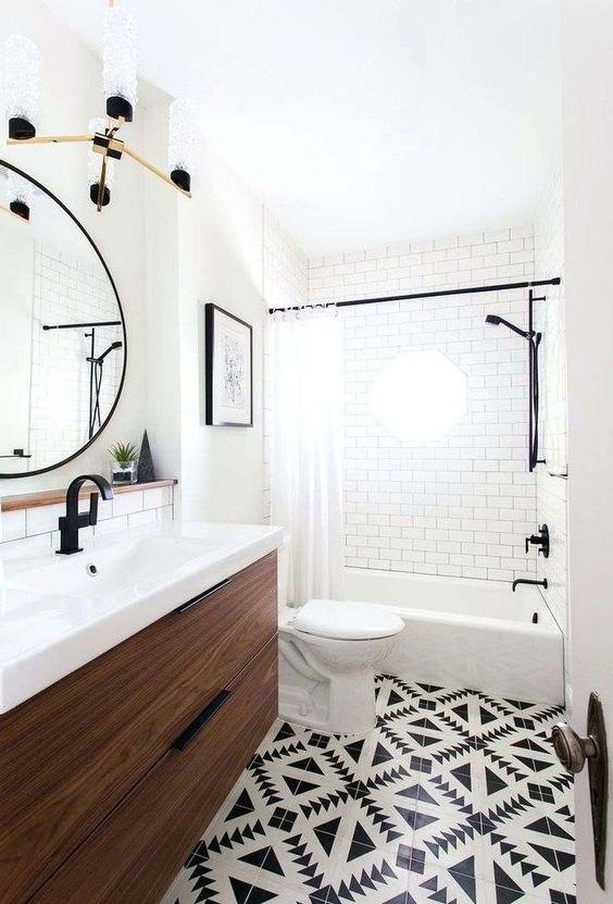 White Bathroom Ideas: Catchy Bright Decor