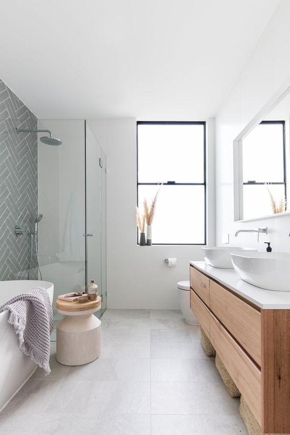 White Bathroom Ideas 15