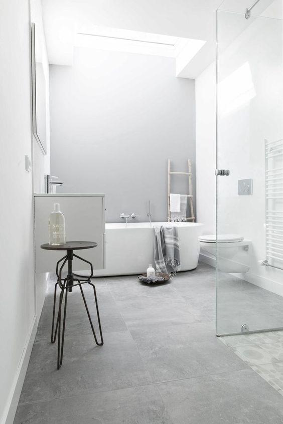 White Bathroom Ideas 16