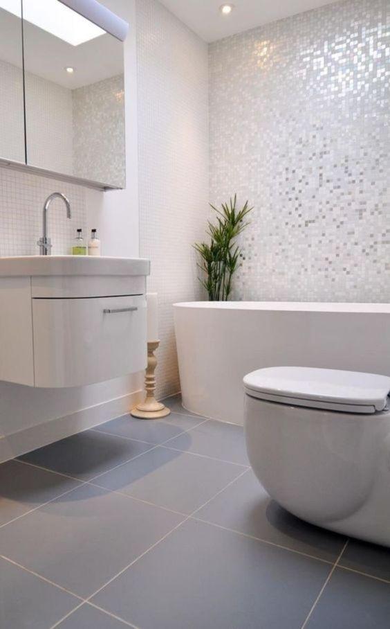 White Bathroom Ideas 19