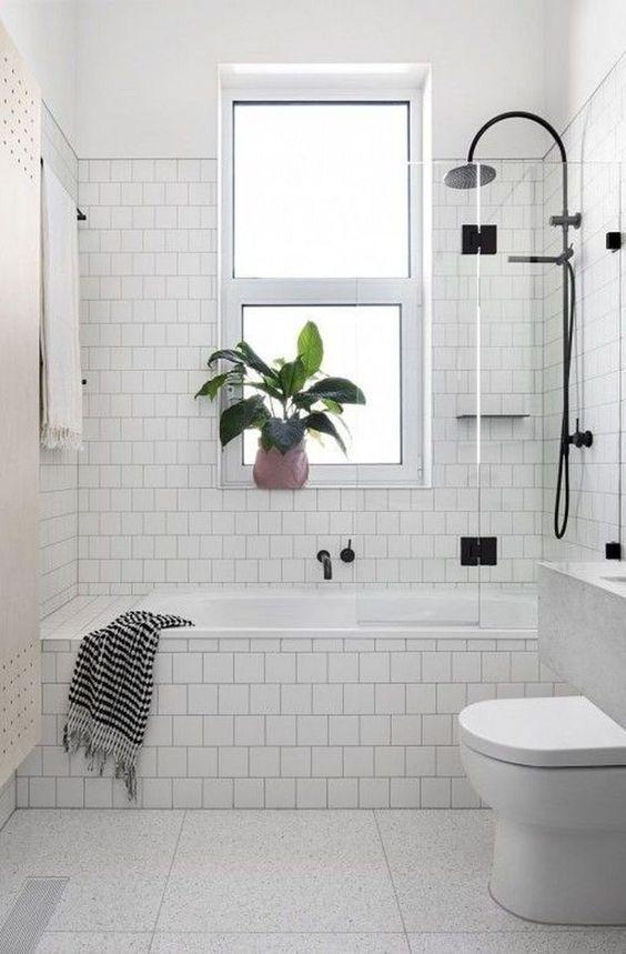 White Bathroom Ideas 21