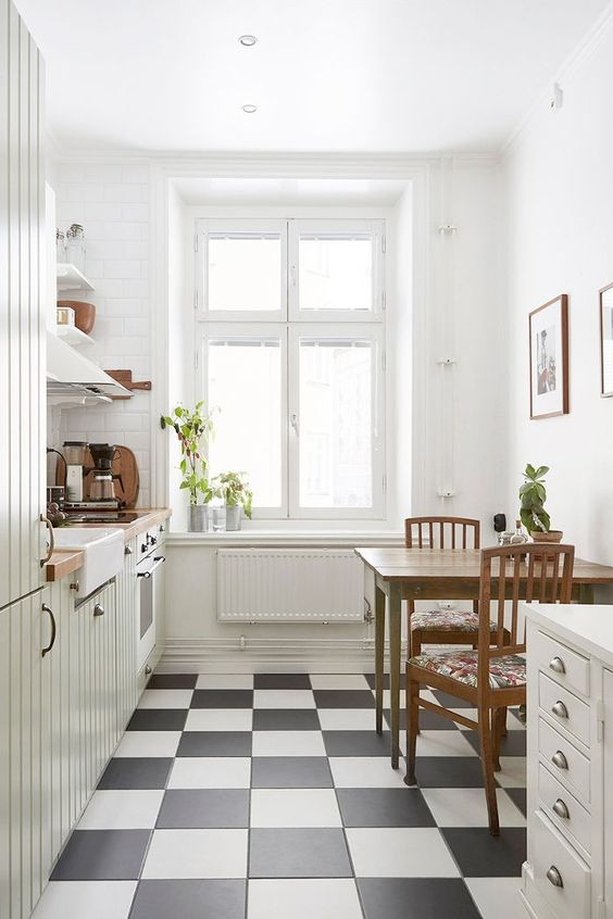 White Kitchen Ideas: Elegant Stylish Decor