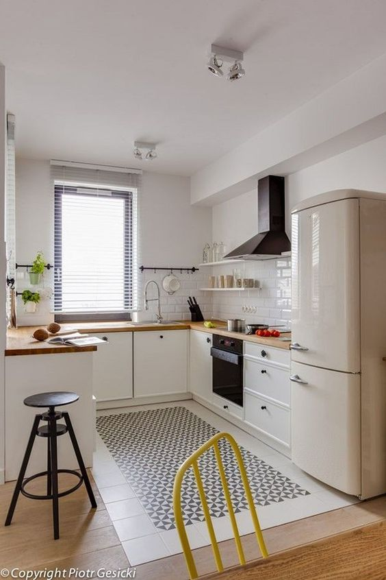 White Kitchen Ideas 9