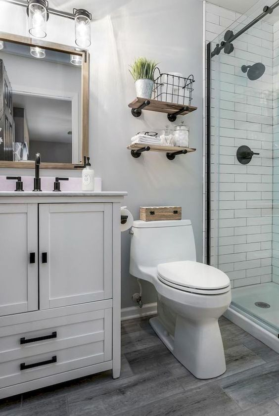 Apartment Bathroom Ideas: Chic Farmhouse Decor