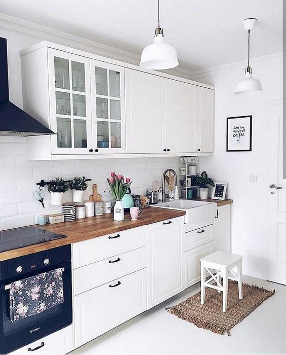 Kitchen Decor Ideas: Gorgeous All-White Decor