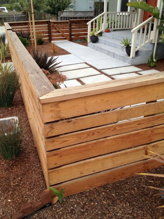 pallet fence ideas 10