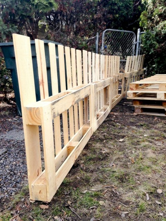 pallet fence ideas 14