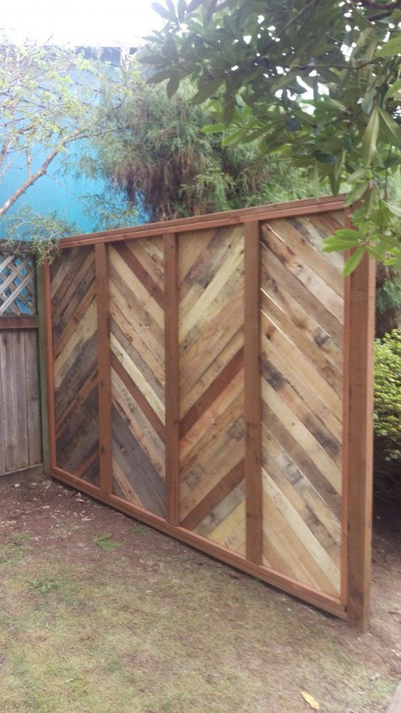 pallet fence ideas 8