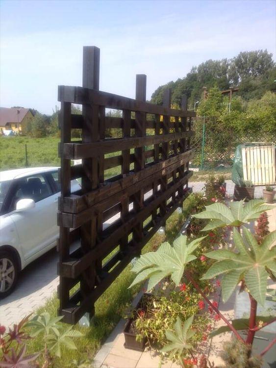 pallet fence ideas 9
