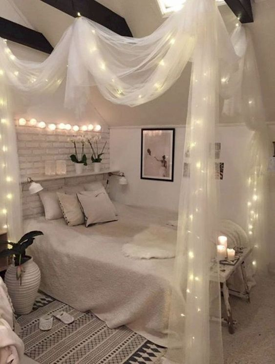 Small Bedroom Ideas: Enchanting Cozy Decor