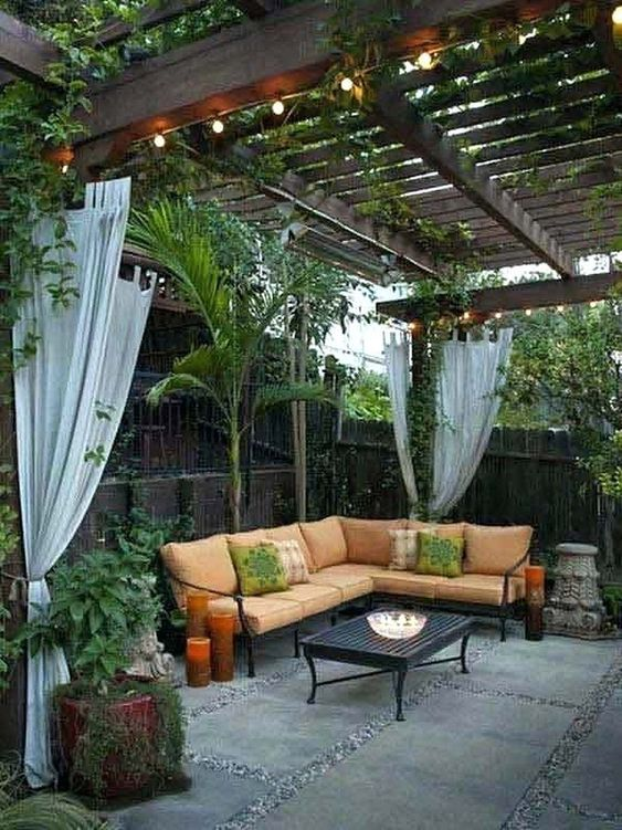 Backyard Pergola Ideas 12