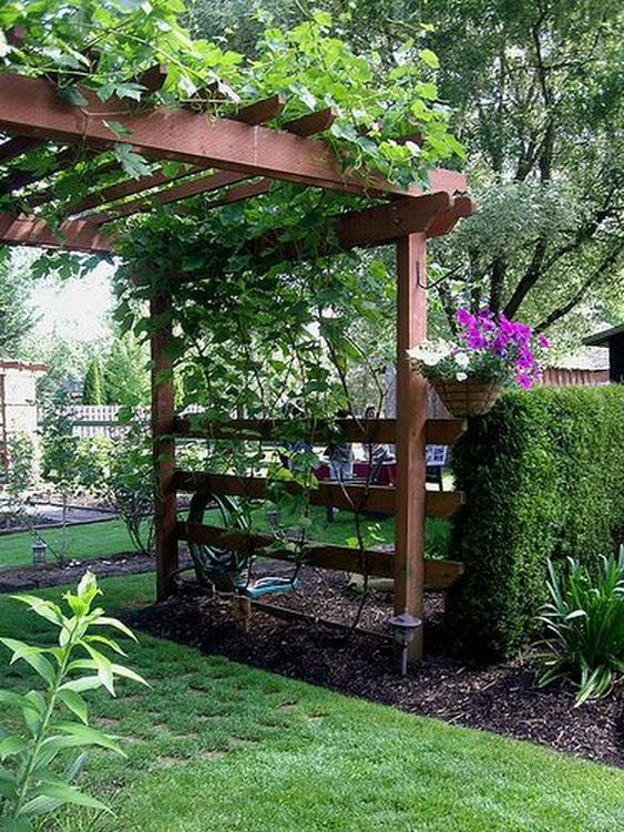 Backyard Pergolas Idea: Gorgeous Natural Design