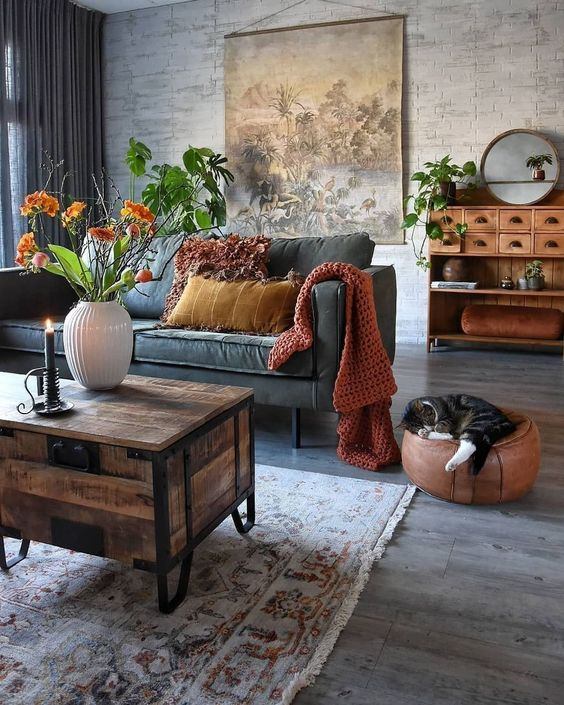 Bohemian Living Room: Warm Neutral Decor
