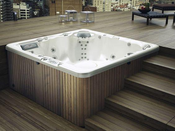 Hot Tub Deck 10