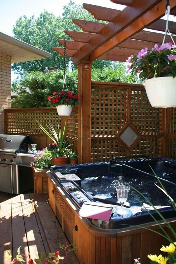 Hot Tub Deck: Beautiful Rustic Design