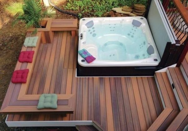 Hot Tub Deck feature