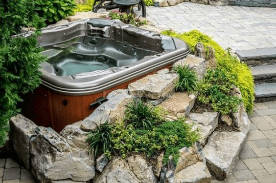 Hot Tub Landscaping: Gorgeous Earthy Decor