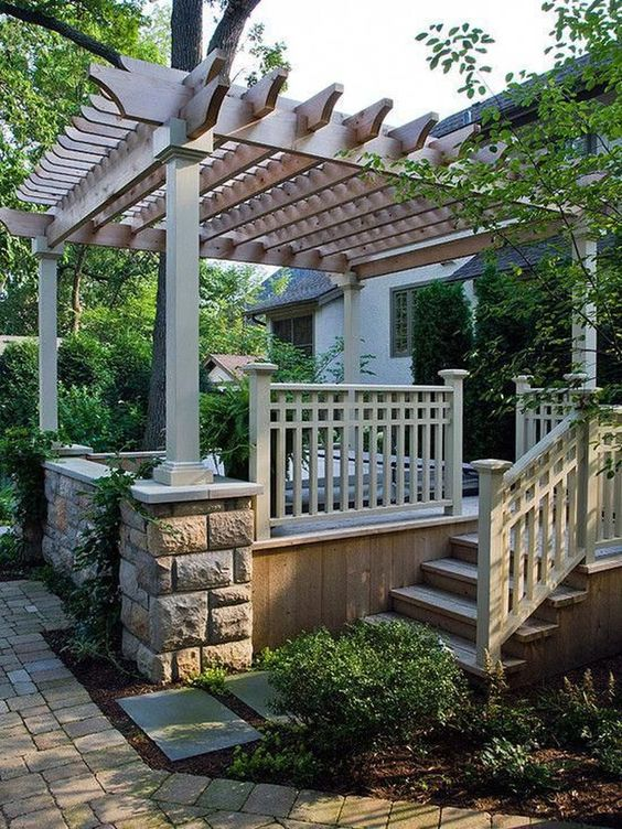 Hot Tub Landscaping: Simple Cozy Decor