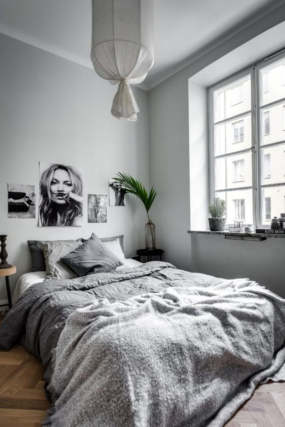 Minimalist Bedroom Ideas 17