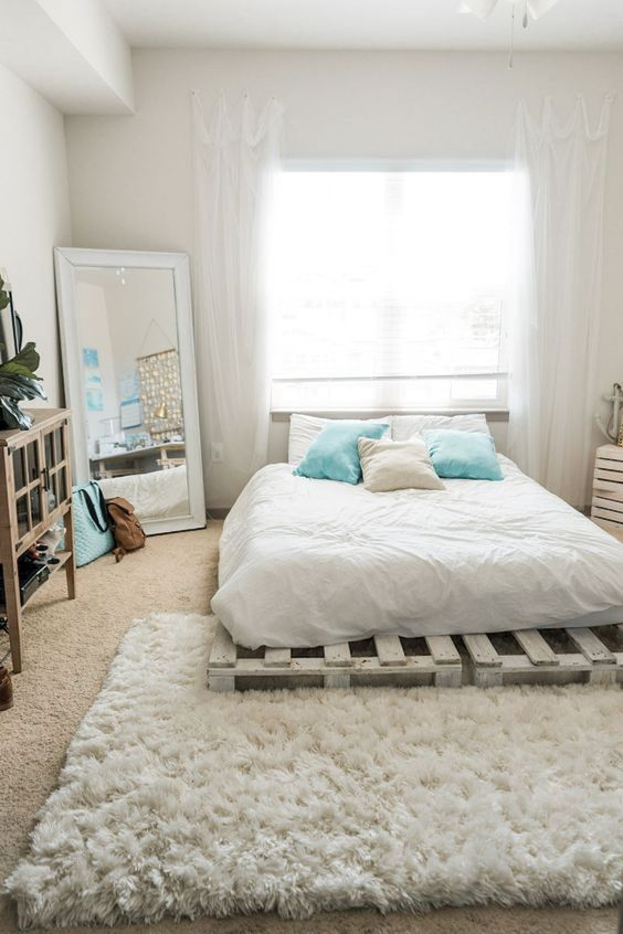 Neutral Bedroom Ideas: Catchy Cozy Decor