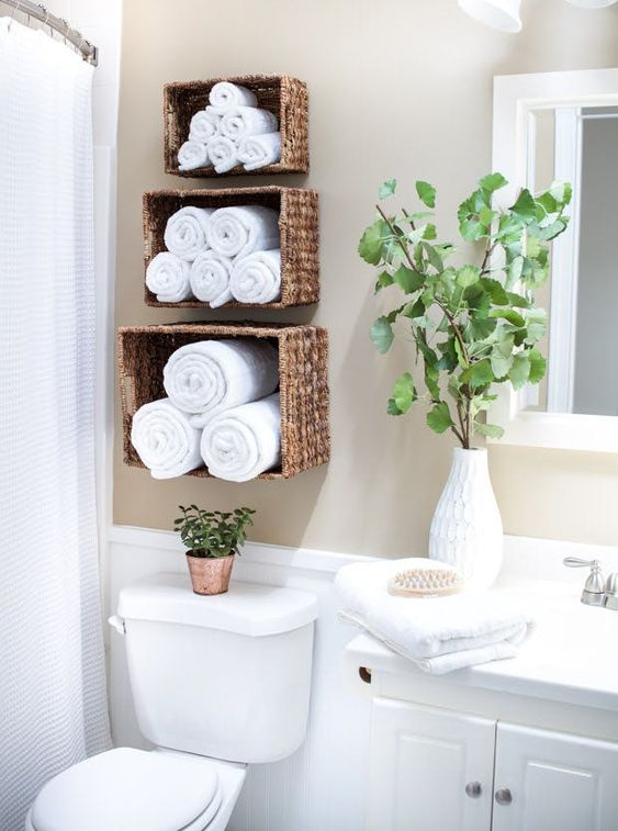 DIY Bathroom Organizations: Stylish Floating Baskets