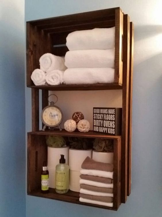 DIY Bathroom Organizations: Floating Pallet Shelf