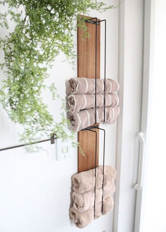 DIY Bathroom Organizations: Floating Industrial Shelf