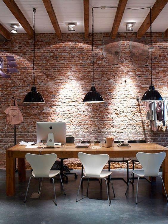 Elegant Dining Room: Stunning Industrial Decor
