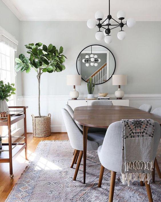 Elegant Dining Room: Modern Earthy Decor