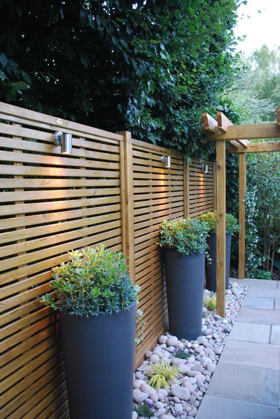 horizontal fence ideas 14