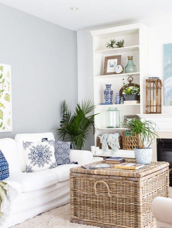 white living room ideas 22