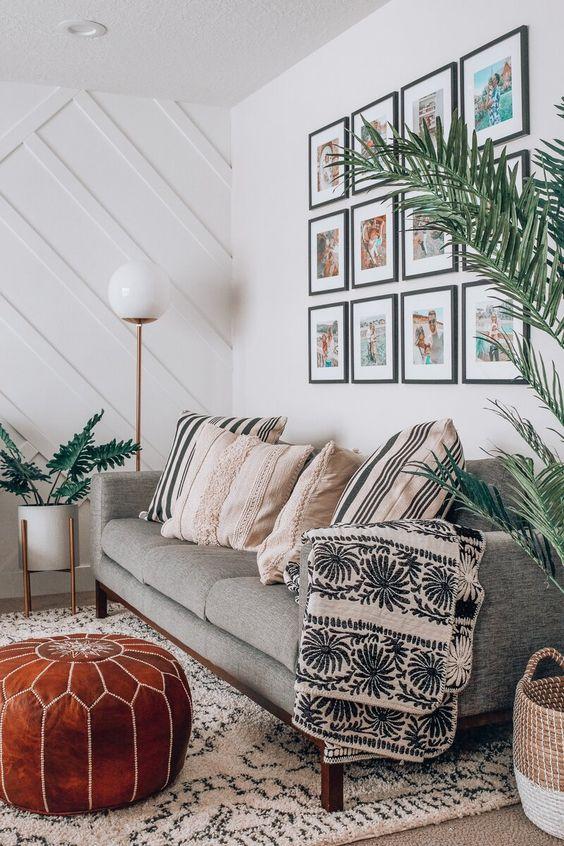 White Living Room Ideas: Festive Neutral Decor