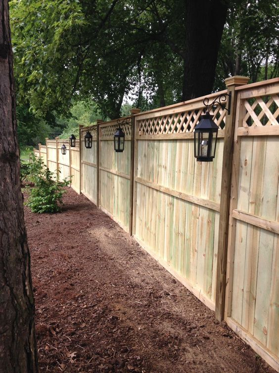 Backyard Fence Ideas 14